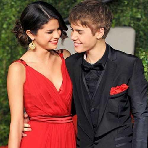 SPOTTED: Justin - Selena go on a date night & we can't stop blushing